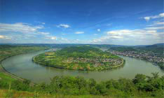 View of the big curve of the Rhine near Castle Liebenstein and Boppard