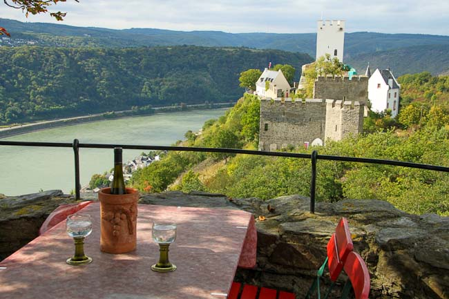 View from the terrasse torwards the neighboring Castle Sterrenberg and the Rhine River valley